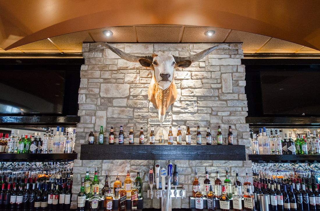 Bar area at LongHorn Steakhouse